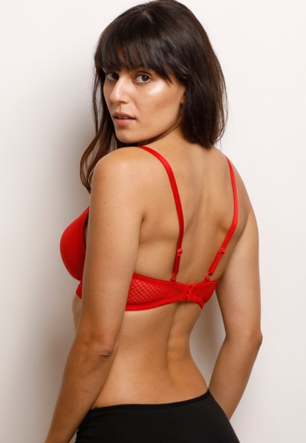 Lightly Padded Non Wired T Shirt Bra Price Pakistan