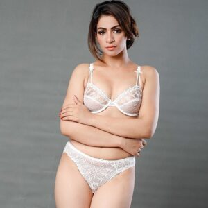 Non Padded Lacy Bra Set Pakistan